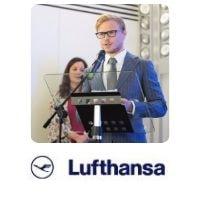 Daniel Bloch from Lufthansa speaking at World Aviation Festival