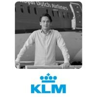 Stijn Wolff from KLM Royal Dutch Airlinesspeaking at World Aviation Festival