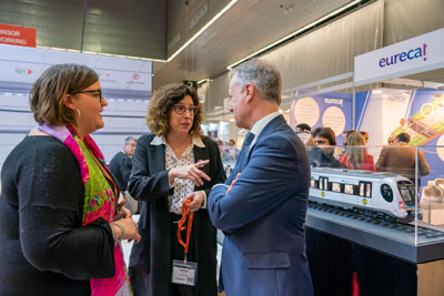 Attendees networking at Rail Live 2020 in Madrid, Spain