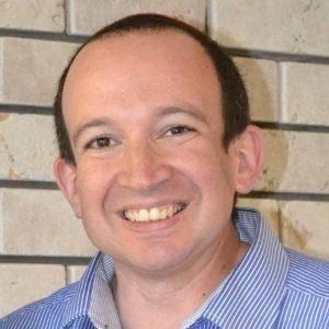 Moshe Israeli speaking at Advanced Therapies Congress
