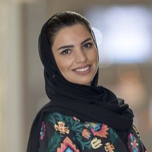Amina Taher speaking at Marketing & Sales Show Middle East