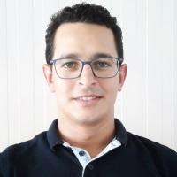 Imad Belmajdoub,  speaking at Middle East Rail