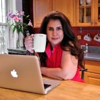 Evelyn Badia | Founder | The Hosting Journey » speaking at HOST