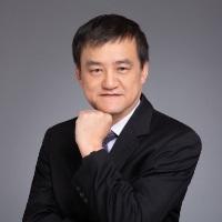Dr Daniel Liu