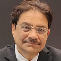 Nalinaksh Vyas | Chairman, Technology Mission | Indian railways » speaking at Middle East Rail