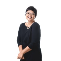 Farah Jaafar-Crossby   CEO   Labuan IBFC » speaking at Seamless Middle East
