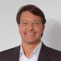 Thorsten Weber | Chief Executive Officer | Car eWallet » speaking at MOVE America