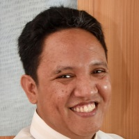 Riedo Panaligan | President | Center for Renewable Energy and Sustainable Technology (CREST) » speaking at Future Energy Philippines