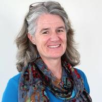 Dr Margie McEwen