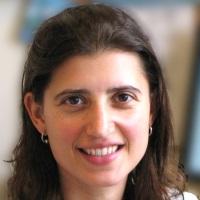Dr Shari Cohen