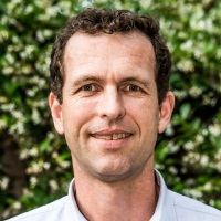 Dr David Butchart