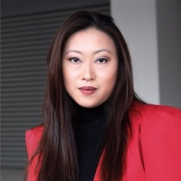 Larissa Tan | Chief Executive Officer | Vanda Electrics » speaking at MOVE Asia