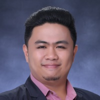 Louie Dasas, STEM Strand Faculty Member, University Of Santo Tomas Senior High School