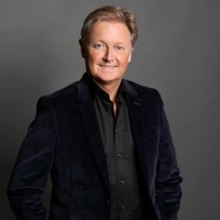 Henrik Fisker | Chairman and Chief Executive Officer | Fisker Inc » speaking at MOVE America