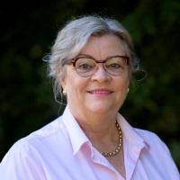Jocelyn Birch Baker | BVSc (Hons)  Founder, practice owner, veterinarian, mother. | Smooth Operating Vets » speaking at The VET Expo