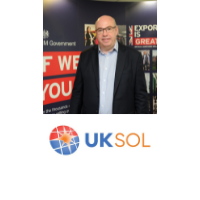 Andrew Moore | Founder and Chief Executive Officer | UKSOL – Helix Solar » speaking at Solar & Storage Live