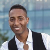 Ahmad Bakhiet | Regional E-Commerce Manger | L'Oréal » speaking at Seamless Payments Middle