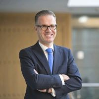 Bernd Van Linder | Chief Executive Officer | Commercial Bank Of Dubai » speaking at Seamless Asia