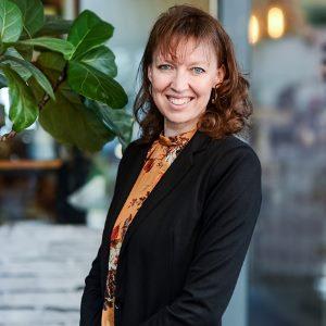 Dr Valerie Speth