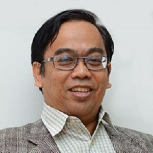 Prof. Madya Dr. Nurhizam Safie Bin Mohd Satar